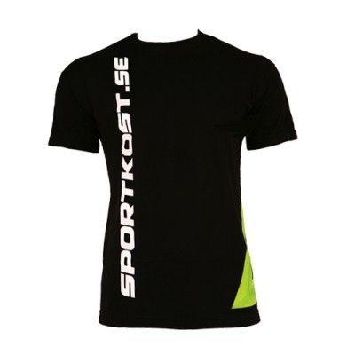 Sportkost T-shirt är en snygg och användbar sport t-shirt för dig som vill träna med stil! ✔Träningskläder online ✔Prisvärda kosttillskott ✔Fri frakt över 500 kr