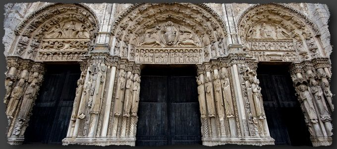 royal portal west front chartres 1145 70 christ in