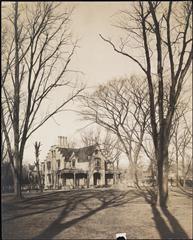[Vanderbilt House.]