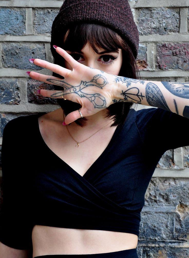 Hannah Snowdon.. love the shears tattoo