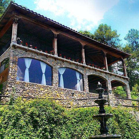 Ven a disfrutar con tu familia  un fin de semana inolvidable!!!!!! #zirahuen #cabañas #nature #bosque #descanso #lago #cabañasdelbosque