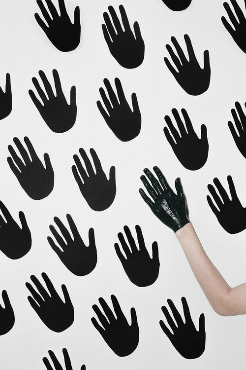 Lancia TrendVisions - Trendwall   9041 Pattern of hands