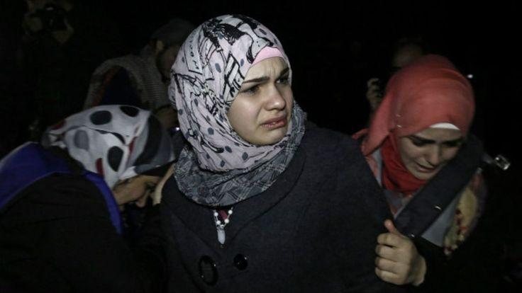 La guerra civil en Siria, que empezó como un levantamiento contra Bashar al Asad, ha dejado más de 250.000 muertos y millones de refugiados. BBC Mundo le resume la historia del conflicto.