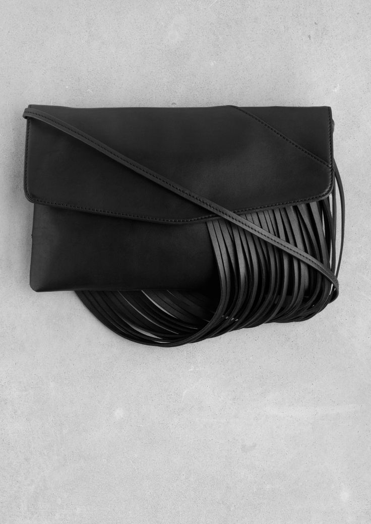 Draped leather shoulder bag | Black