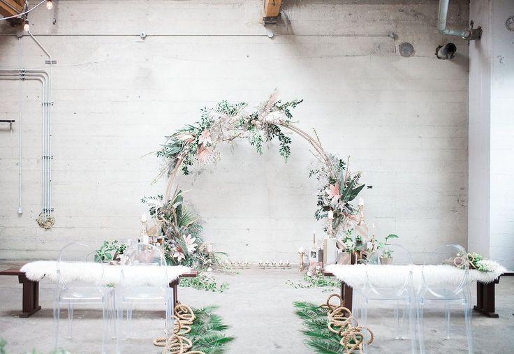 wedding ceremony - photo by Katt Willson http://ruffledblog.com/stylish-tropical-wedding-inspiration-in-the-pacific-northwest