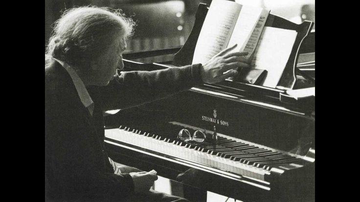 Clara Haskil plays Mozart's Piano Concerto No. 20 (RIAS-Symphonie, Feren...