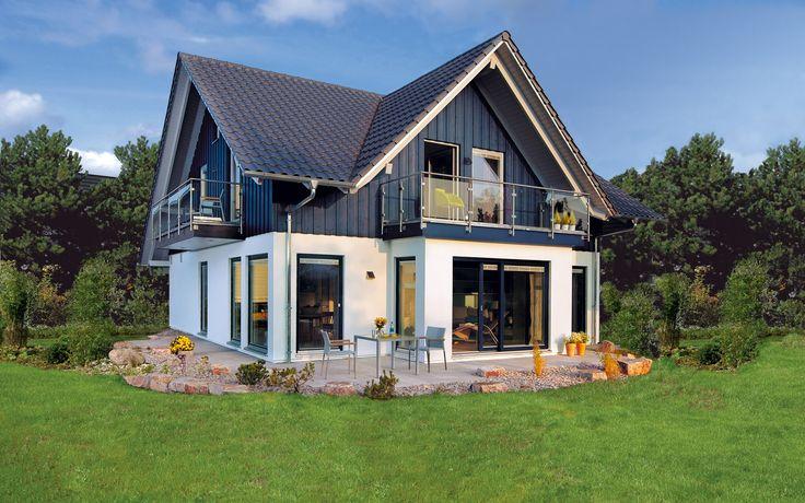 Das Schwörer Haus in  Offenburg ist ein echtes Landhaus und passt in jede Nachbarschaft. Sie haben die Fülle an verschiedenen Gestaltungsmöglichkeiten um Ihr Individuelles Traumhaus zu planen. 140 m² Wohnfläche bietet Platz für Ihre Wohnwünsche und die komplette Familie. Mehr auf: https://www.fertighauswelt.de/anbieter/schwoerer-haus/haus-landliches-flair.html