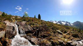Trekking hoch über dem Wildgerlostal im Nationalpark Hohe Tauern. Erlebe auch du erlebnisreiche Trekkingtouren mit dem Bergführer von Alpindis.at Krimml, Salzburgerland / Gerlos, Zillertal