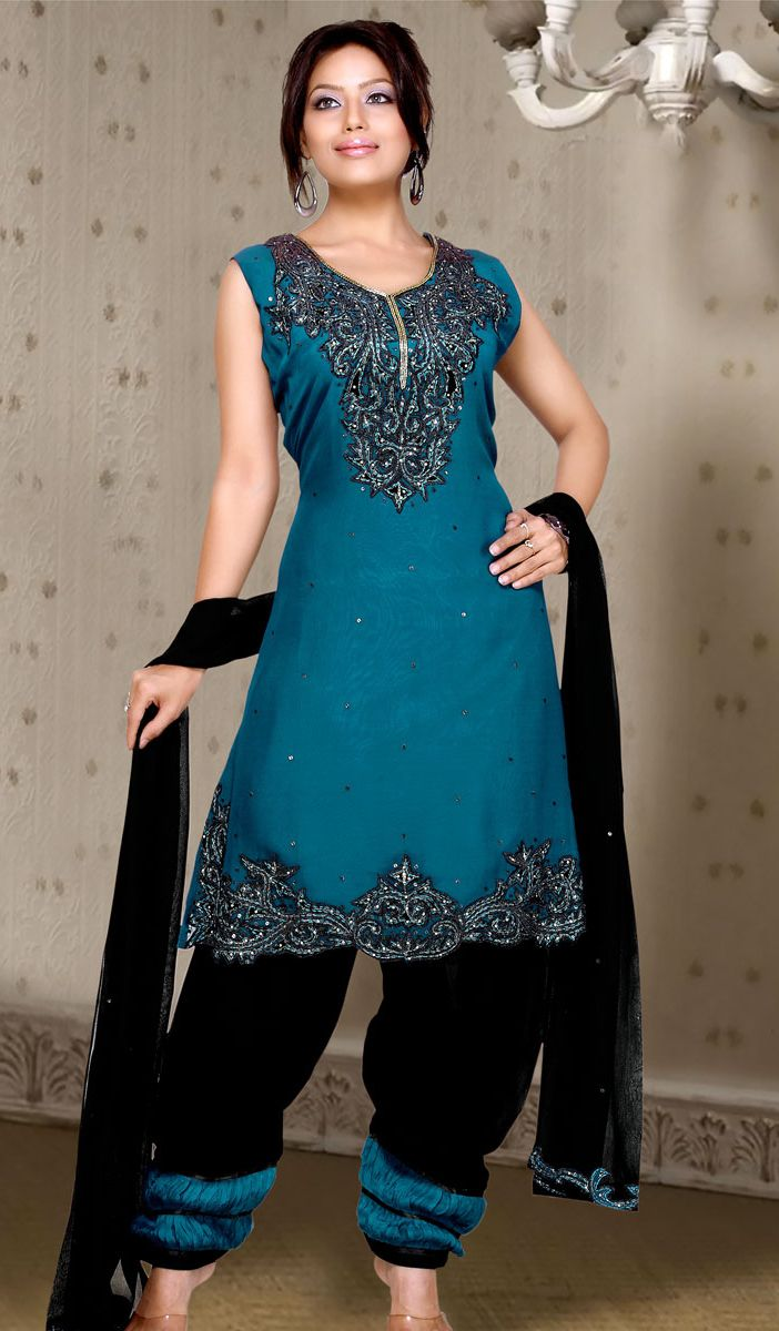 18 best India images on Pinterest | Indian gowns, Indian suits and ...