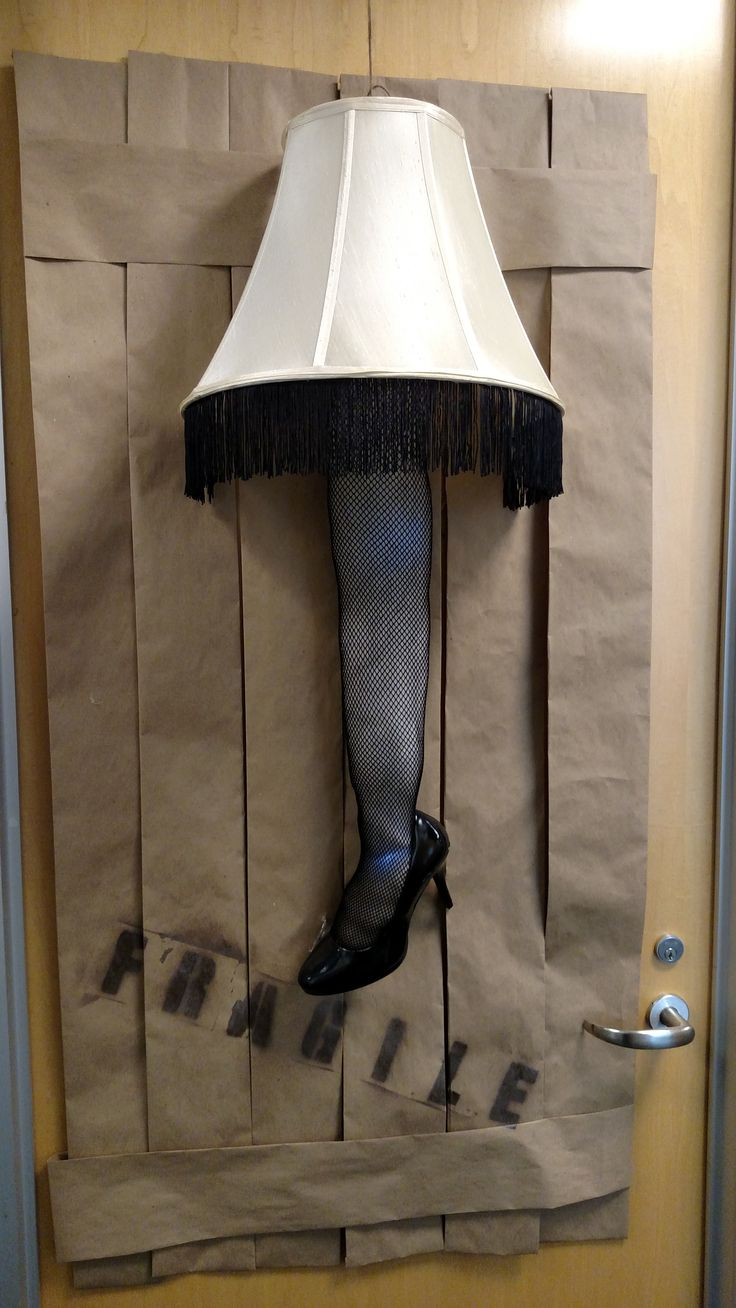 Quot Fragile Must Be Italian Quot A Christmas Story Leg Lamp