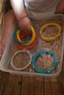 Baby Play- Circles in Water Play | Familylicious