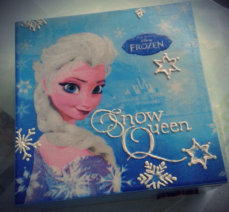 decoupage Elsa box