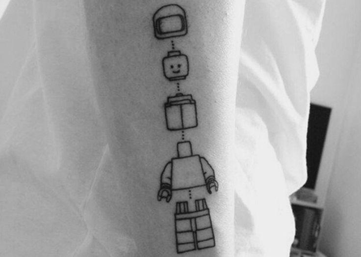 Cuando se te va de las manos, tatuajes de LEGO - http://www.tatuantes.com/tatuajes-de-lego/