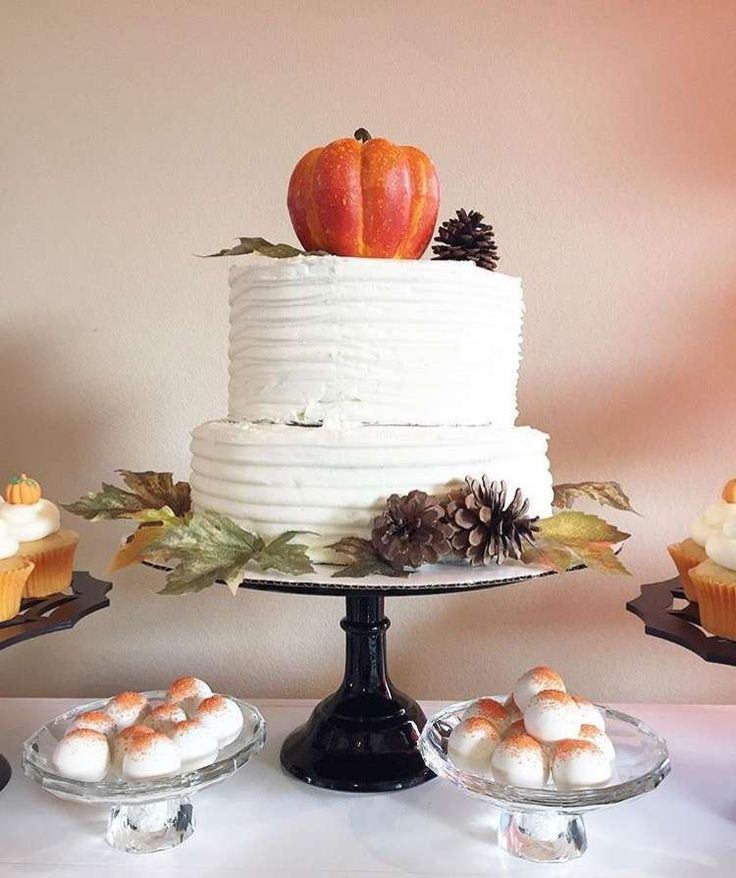 How gorgeous is Keonna's Little Pumpkin birthday cake? Love it!! See more party ideas and share yours at CatchMyParty.com
