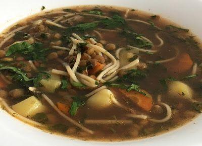 Zupa z soczewicy z makaronem