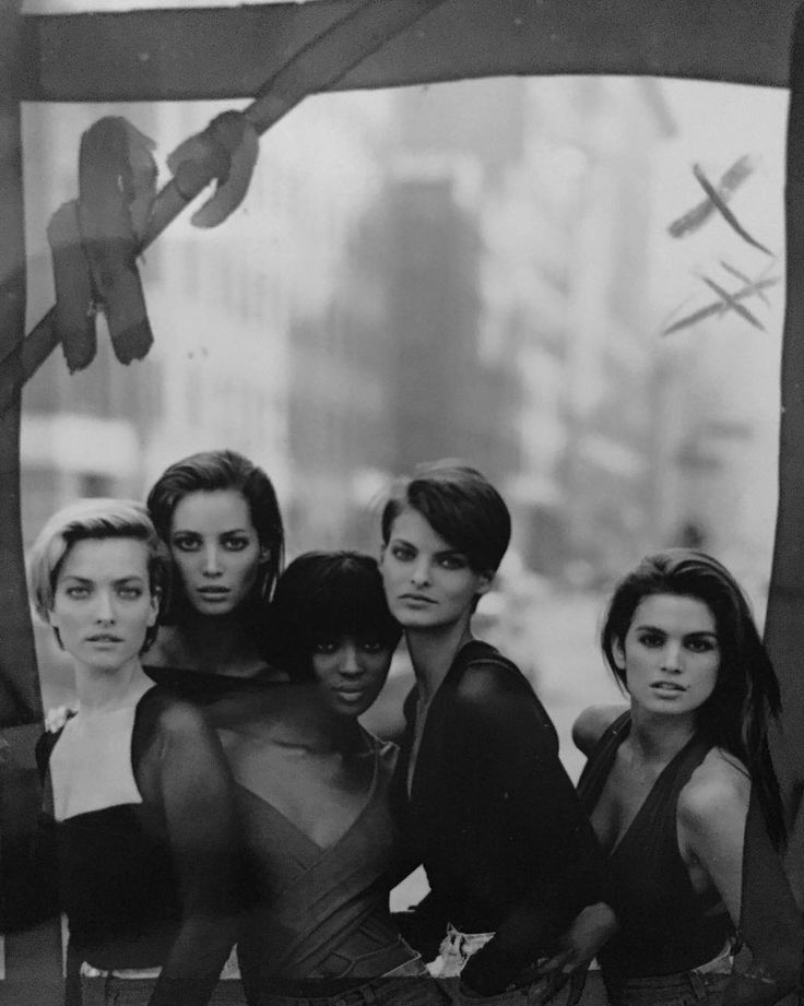 source instagram/therealpeterlindbergh Models: Tatjana Patitz, Christy Turlington, Naomi Campbell, Linda Evangelista & Cindy Crawford