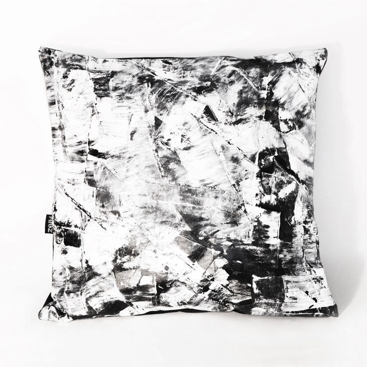 Hand painted pillow - black and white -abstract pattern #pillow #blackandwhite #hungary #budapest #hungariandesign #hungariandesigner #canvas #print #abstract #pattern #interior #design