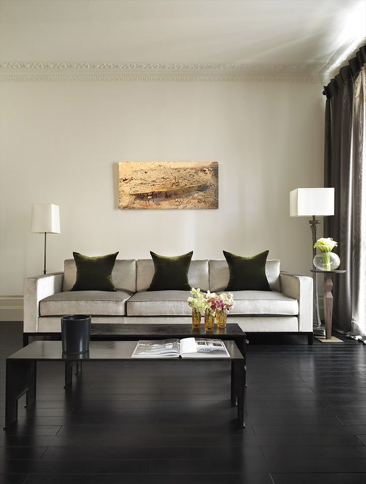 Top interior designer kelly hoppen interiors and living for Leading interior designers