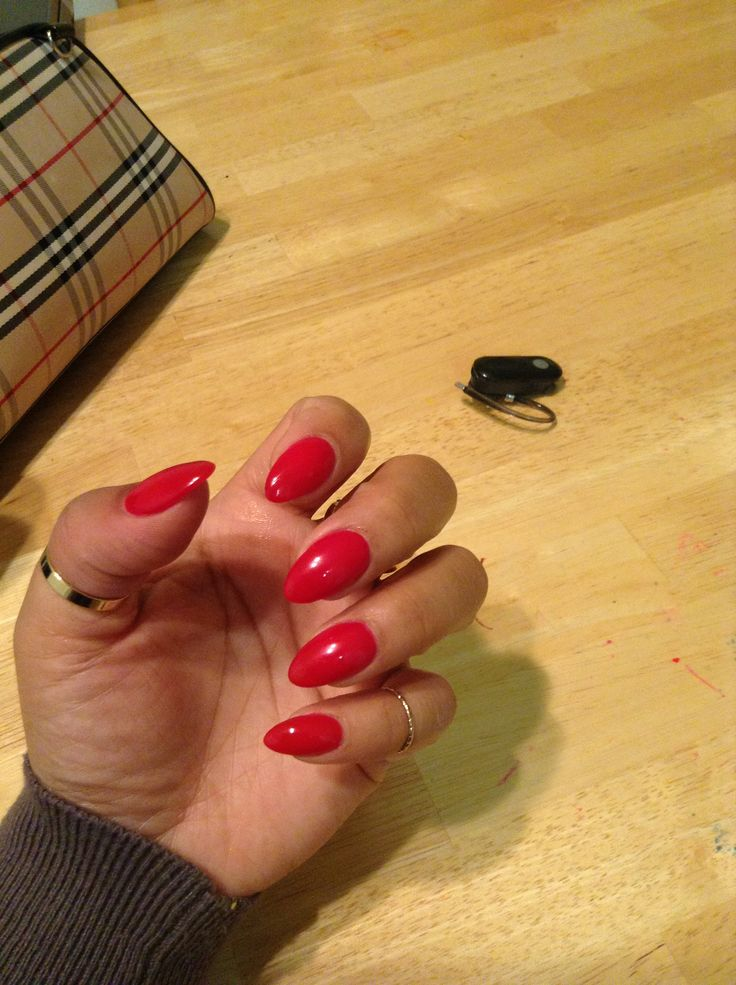 Red almond nails hair and beauty pinterest almond nails nail nail and diva nails - Diva nails and beauty ...