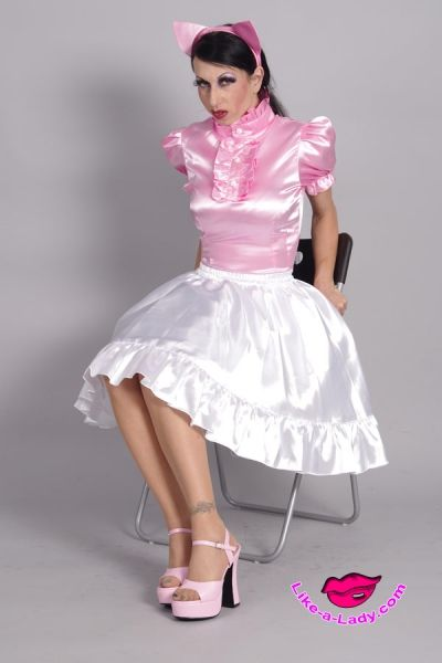 The 400 best images about NOW MORE WOW on Pinterest | Long ... Ruffled Satin Housemaid