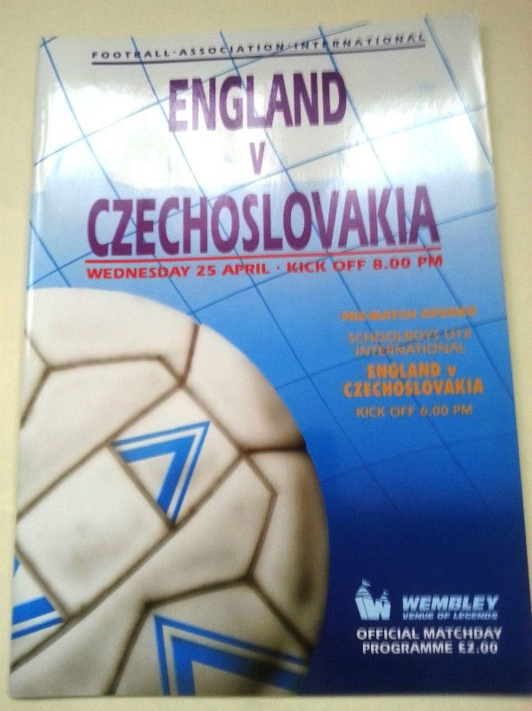 England v Czechoslovakia FA International Football Programme 25/04/1990 Listing in the Friendly Internationals,International Fixtures,Football (Soccer),Sports Programmes,Sport Memorabilia & Cards Category on eBid United Kingdom