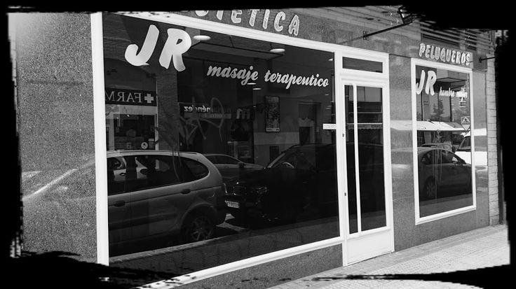 Entrevista y reportaje en tendencias a Jr peluqueros