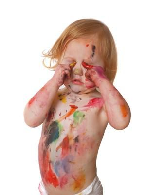 Art Activities for One Year Olds  Pretty cute ideas like using baby food to paint on a high chair tray and crinkling paper.