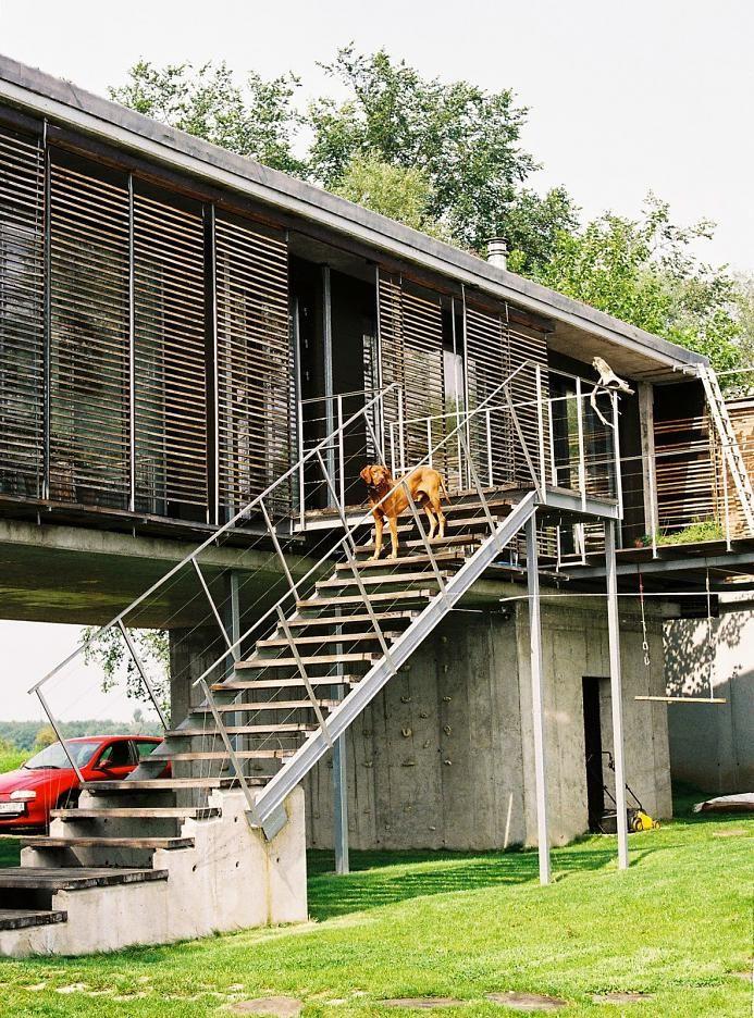 Dom pri jazere   deRaxa architects