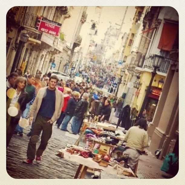 San Telmo, Buenos Aires - Argentina | #gente #people #santelmo #buenosaires #market #bazar #igerscolombia #igersmedellin #igers5 #igers_gente