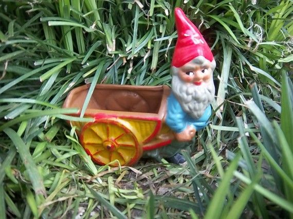 Gnome In Garden: 118 Best Images About GNOMES On Pinterest