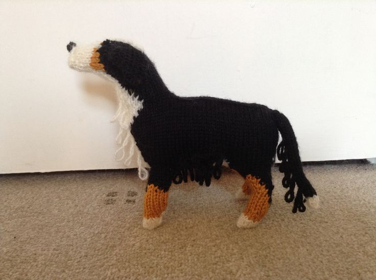 Knitted St Bernard from Knit Your Own Dog