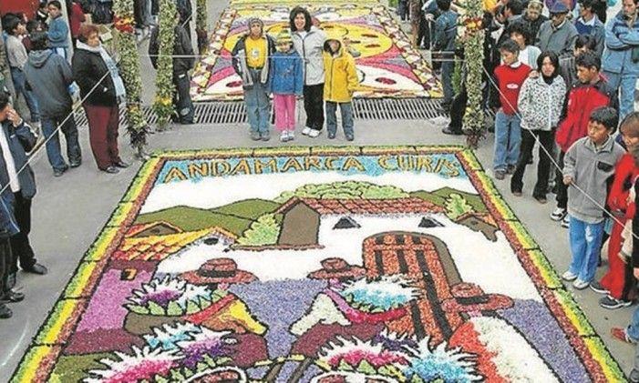 Em Cusco, a procissão do Señor de los Temblores (o Cristo de cor morena) Foto: Divulgaçãohttp://oglobo.globo.com/boa-viagem/cinco-destinos-para-semana-santa-18856765