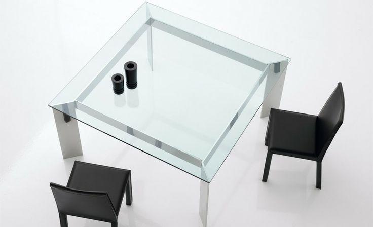 Mesa de estructura en Acero Inox. Diferentes medidas. http://www.internamaste.com/mesas-comedor/cisne_388/0.asp
