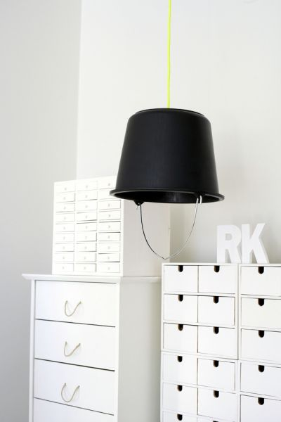 BUCKET LAMP: Modern Interiors Design, Diy Ideas, Living Rooms Design, Design Interiors, Home Interiors Design, Ikea Drawers, Buckets Lamps, Design Home, Houses Design