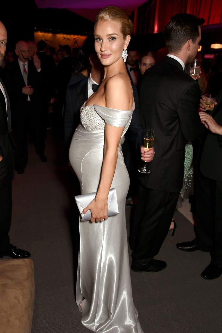 rosie-huntington-whiteley-pregnant