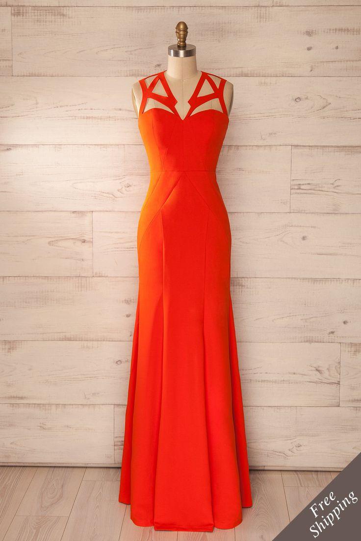 Robe maxi ajustée orange, col découpes - Fitted orange maxi dress, cut-out collar
