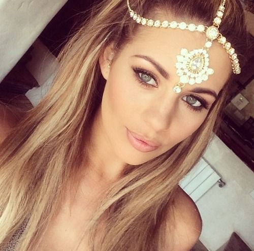 Want this head piece or something like this