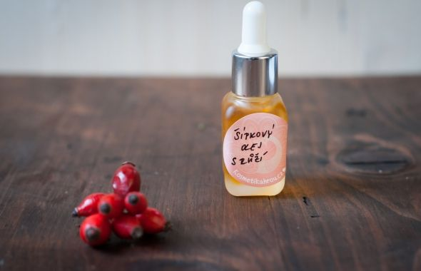 Pleťový olej pro Šípkovou Růženku