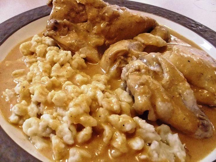 A csirkés ételek közül nálunk ők a kedvencek! Jó szaftosan, sok galuskával! 🙂 Így lesz még finomabb a csirke! Paprikás ...