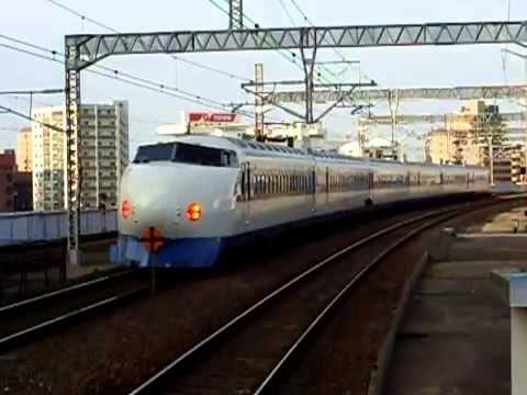 Японский поезд Shinkansen 0