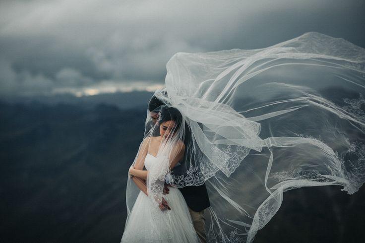 Best of Engagement 2017 | Junebug Weddings