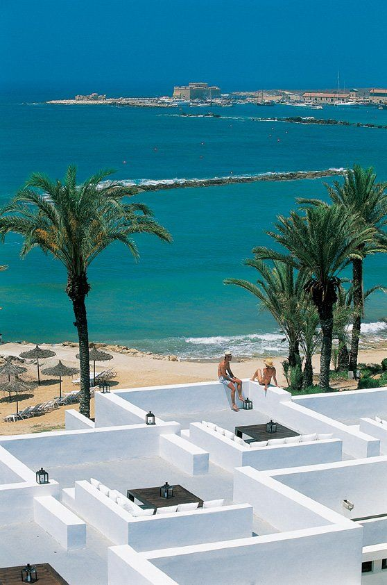 THE ALMYRA HOTEL IN CYPRUS    http://mydesignstories.net/profiles/blogs/the-almyra-hotel-in-cyprus
