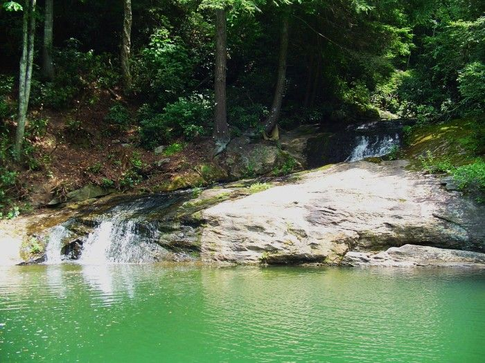 15 North Carolina Swimming Holes To Take A Dip In This Summer // Only In North Carolina