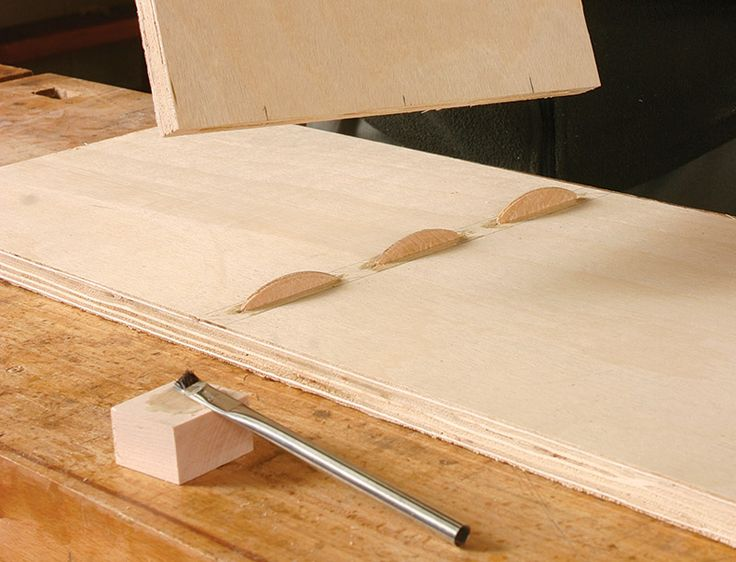 How to Use Biscuit Joints | Startwoodworking.com | DIY: workshop | Pinterest | Woodworking, Wood ...
