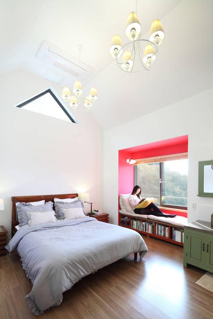 부부침실: 홈스타일토토의 모던 침실