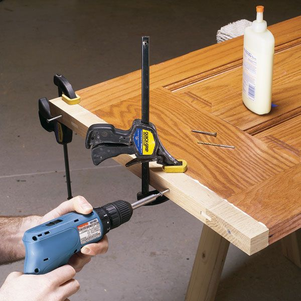 lengthening an interior wood door stains the doors and grains
