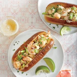 Sriracha Shrimp Rolls Recipe  Had these tonight, delicious! What a great light summer dinner!