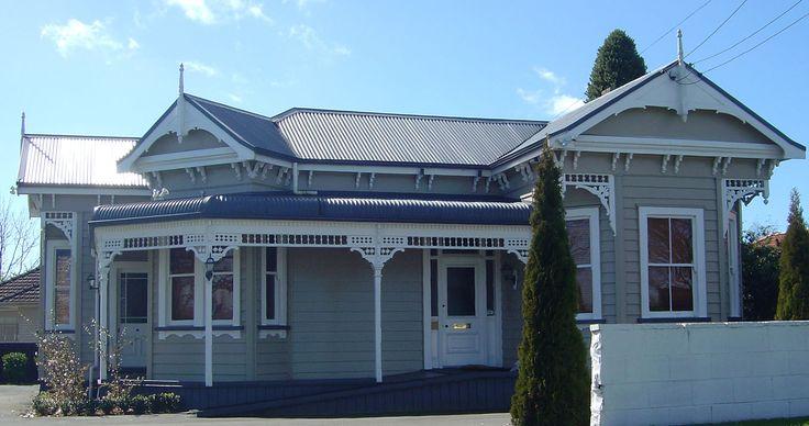 Bay Villa House Design