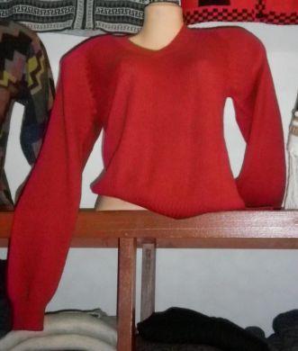 Eleganter roter #Pullover aus #Babyalpaka #Wolle