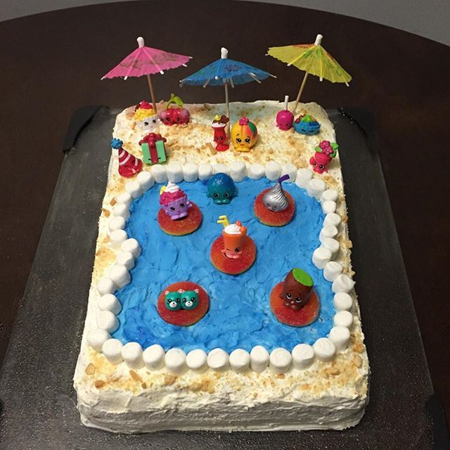 Best 25+ Pool Cake Ideas On Pinterest | Swimming Pool Cakes, Beach